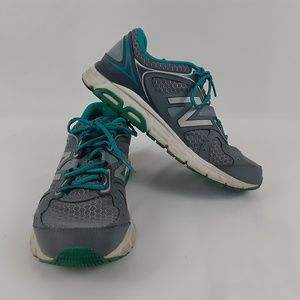 NEW BALANCE Womens 9 Athletic shoe